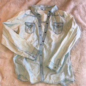 Chambray Long Sleeve Button-Up Shirt